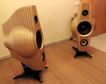 Chrysalis - Pair of handcrafted HI-FI, 3-way speaker (price per pair)