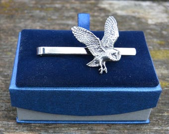 Handcast Pewter Flying Owl Tie Clip