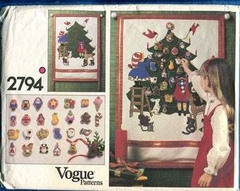 1980's Vogue 2794 Advent Calendar for the Holidays UNCUT