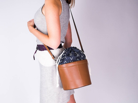 Leather and Canvas Women Bucket Bag, Vegan Leather Crossbody Bag, Drawstring Bag, Everyday Bag, Brown Leather Bucket Purse, Gifts for her