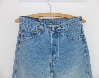 501 for women USA Vintage Levi's Jeans bouton fly boyfriend moms jeans 29-34