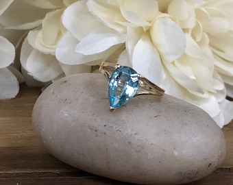 Pear Shape Sky Blue Topaz Solitaire Ring 14k Yellow Gold  #5482