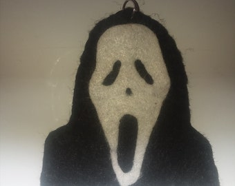 Large scream ghost face felt charm