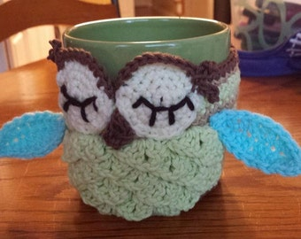 Crochet Owl Mug Cozy, Coffee Cup Sleeve, made to order, your choice of colors