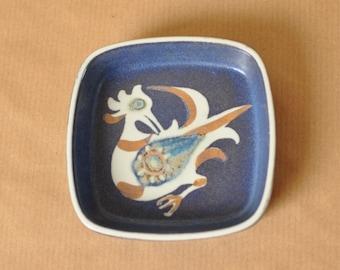 Royal Copenhagen Fajance dish - 708/2882 - Nils Thorsson - BACA - Danish design - Denmark - bowl with bird