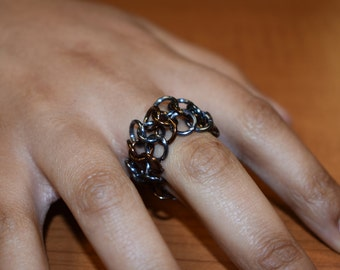 chainmaille ring 4 in 1 alternating colors