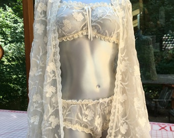 NEW Luxury Embroidered Silk Bed Jacket, Bra & Panty Set in Off-White Crinkle Georgette