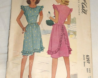 """Vintage 1940's 40's McCall's Dress Pattern 6397 - 31""""Bust Size 13"""