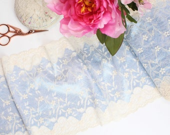 "1 m (1.09 yd) of Stretch lace - Pale Blue & Cream Two Tone - 21 cm (8 1/4"") Wide"