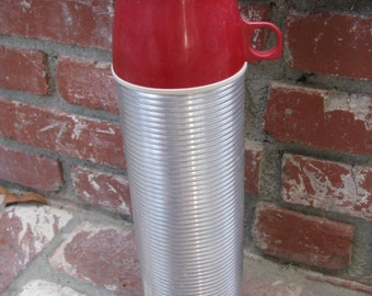 Vintage Thermos, Metal Ribbed Quart Size with Red and Tan Cups, King Seeley, Norwich Conn.