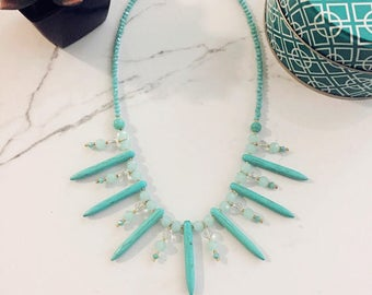Turquoise Dangers & Crystals Collar Necklace