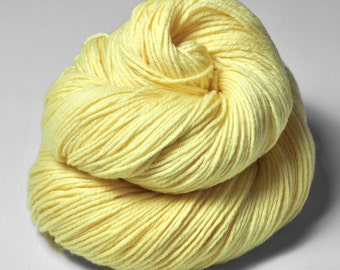 Freshly squeezed lemons - Merino Sport Yarn Machine Washable - Hand Dyed Yarn - handgefärbte Wolle - DyeForYarn