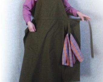 Art Studio Apron. Japanese style apron. Crafting Artisan Apron. Long Wrap apron with pocket. Pure Cotton Apron. Custom Apron. Potters Apron
