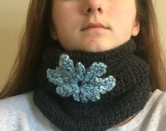 Charcoal cowl with blue snowflake