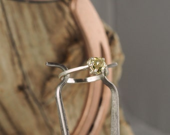 Sterling Silver Ring - Natural Lemon Quartz Ring - Friendship Ring - Promise Ring - Everyday Ring - with a 6mm Lemon Quartz Heart