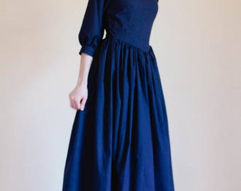 LACE collar Pointed Bodice Plain Dress - Custom Prairie Dress - Made to Measure Pioneer Dress - nursing access colonial reenactment dress