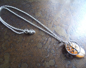 Mother Nature Acrylic Silver Plated Chain necklace