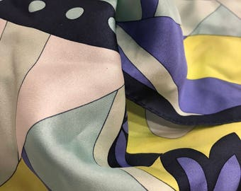 PUCCI-STYLE PRINT Rolled Edge Scarf