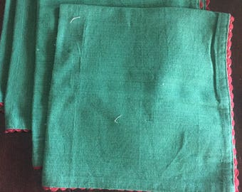 4 Green Cotton Napkins with Red Rick-Rack accent
