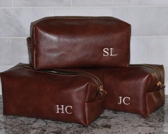Groomsman Gift, Toiletry bag, Men's Dopp Kit, Best Man gift, Travel Bag, Shaving bag, Monogram, Mens Gift idea's, Weddings