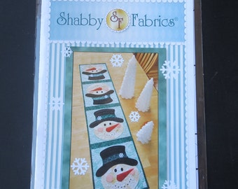Shabby Fabrics - Patchwork Snowman Table Runner SF 48599