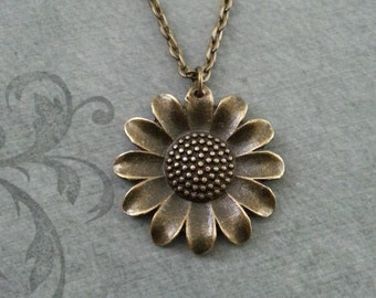 Daisy Necklace, Daisy Jewelry, Daisy Pendant, Daisy Charm Necklace Brass Necklace Bridesmaid Necklace Hippie Jewelry Sunflower Necklace