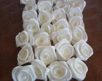 Packs of 20 Roses of satin
