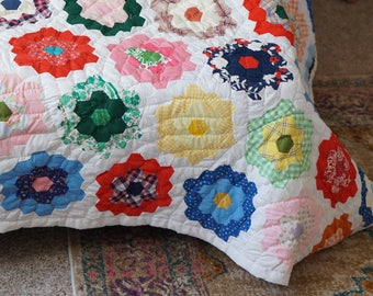 Vintage Colorful Full Size Patchwork Hand Embroidered Quilt Bumble Bee Flower White Back