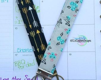 Floral key fob, Arrow Key fobs, Fabric key fobs, personalized key fob, Car accessories, Floral car accessories, Arrow key fob, arrow car