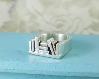 Bookshelf Ring in Sterling Silver, silver Bookshelf ring, book ring silver, bibliophile jewelry, book jewelry, silver book ring, square ring