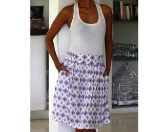 Retro Midi Skirt in Purple and White with Pockets / Holiday Skirt / Elastic Waist Skirt