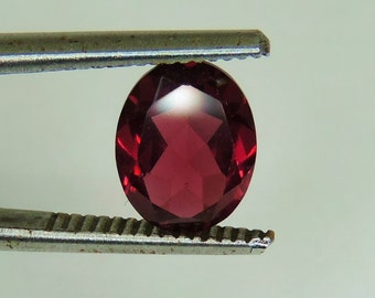 2.6 CTS, faceted red Rhodolite Garnet 6 MM oval cut, Hyderabad, India #82