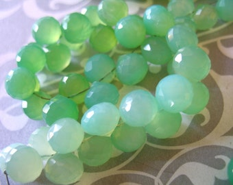 Shop Sale. CHALCEDONY Onion Briolettes, Luxe AAA, Shaded Chrysoprase Green, 4 pcs, 6-8 mm, wholesale beads august peridot green 68
