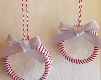 Red and white mini wreath ornament