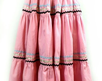 "50s Circle Skirt, Vintage Pink Handmade Tiered Full Skirt with Ric Rac Trim 25"" Waist"