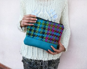 Soft Clutch with zipper in multicolor wool and leather