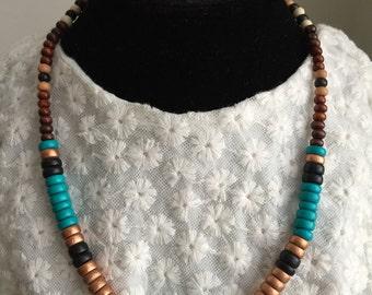 Minimal/ Simple/ Neutral Boho necklace