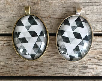 Large Oval Pendant - Black Grey White Triangles