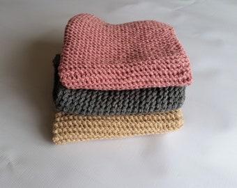 CLEARANCE    Newborn blanket, newborn photo prop, newborn props,mini blankets, newborn boy, newborn girl, newborn knit blanket