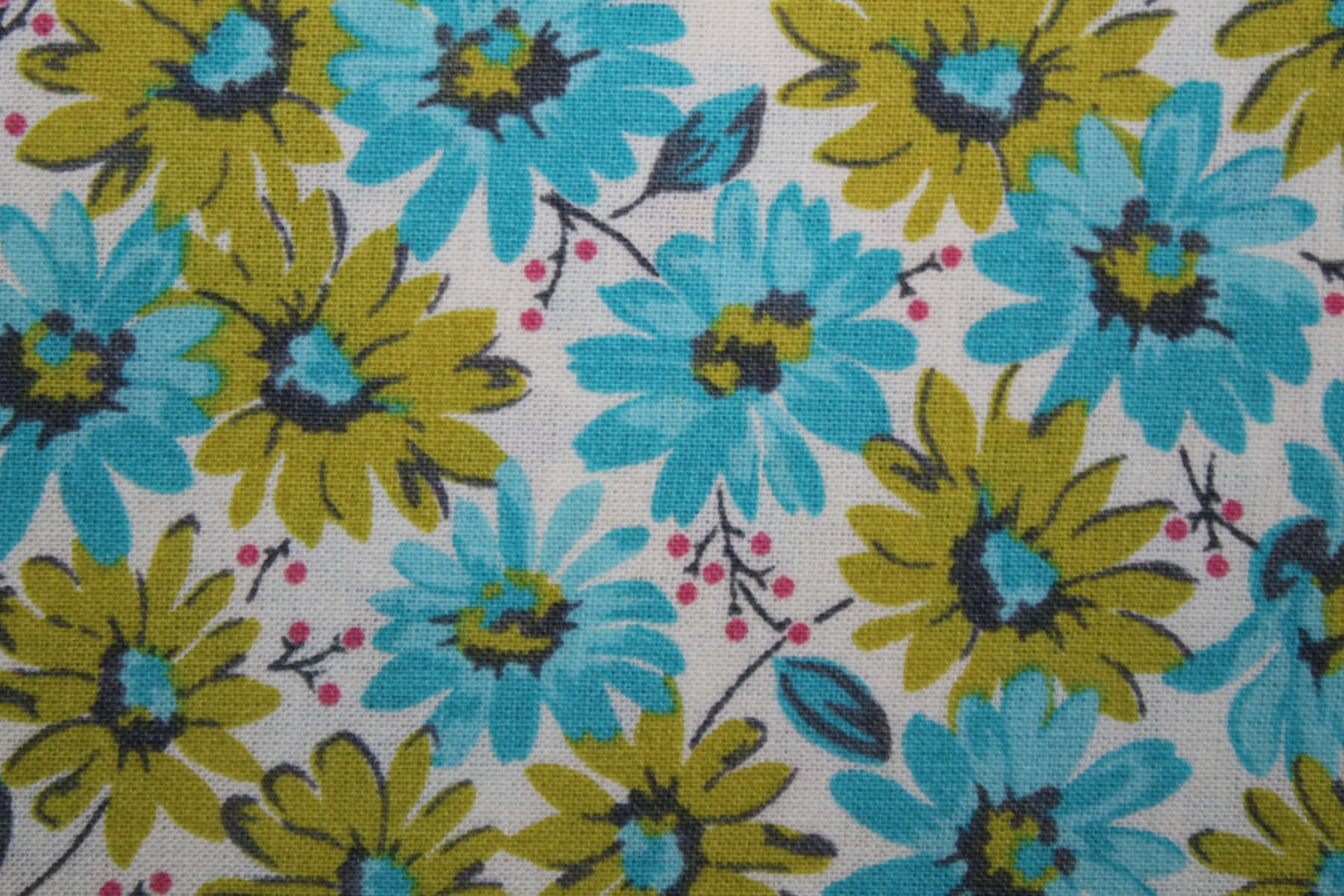Fabric floral fabric flowers daisies by the yard cotton fabric 250 izmirmasajfo