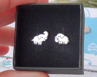 Elefante pendientes / pendientes elefante plata / pendientes elefantes animal salvaje / Elefantes plata pendientes pequeños tuerca