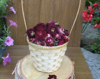 Natural confetti,natural wedding confetti,dried roses,dried rose confetti,dried flowers,florist supply, dried flower confetti,dried petals