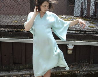 Vintage 1940s Holoku Dress // 30s 40s Pale Mint Green Satin Pake Muu Gown // Summer Muumuu Dress
