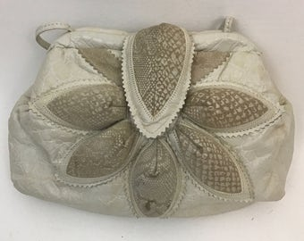 80's White Leather Embossed Puffy Petals Shoulder Bag Purse - Glam Pocketbook 1980s Vintage Snakeskin Suede Scalloped Pattern Handbag
