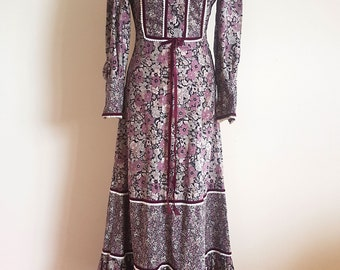 Paula Lee 1970s Floral maxi dress boho style