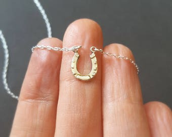 Sterling silver necklace, small horse shoe, good luck charm