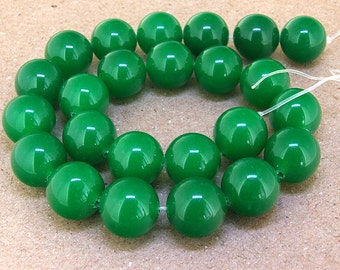 15inch  strand Round Big Green Jade Beads ----- 16mm ----- about 23Pieces ----- gemstone beads