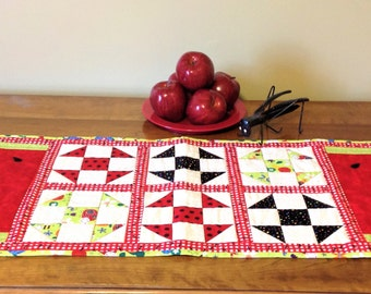 Runner: Watermelon & ShooFly, Table Runner, Summer, Ants, Quilt