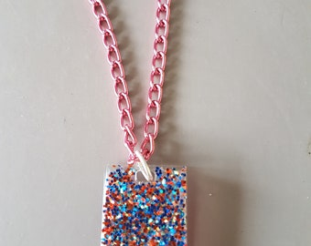 Resin glitter necklace