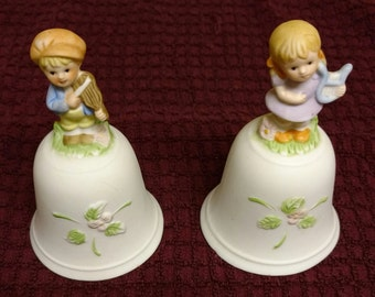 """HOMCO """"Musical Melody"""" Hand Bell Pair"""